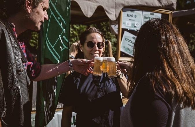 beer tasting at the festival Sun in the Glass in Pilsen