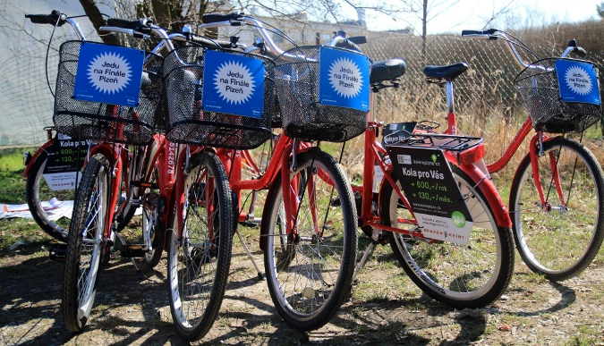 To transport around Pilsen you can use red bike-sharing bikes of Kolemplzně.